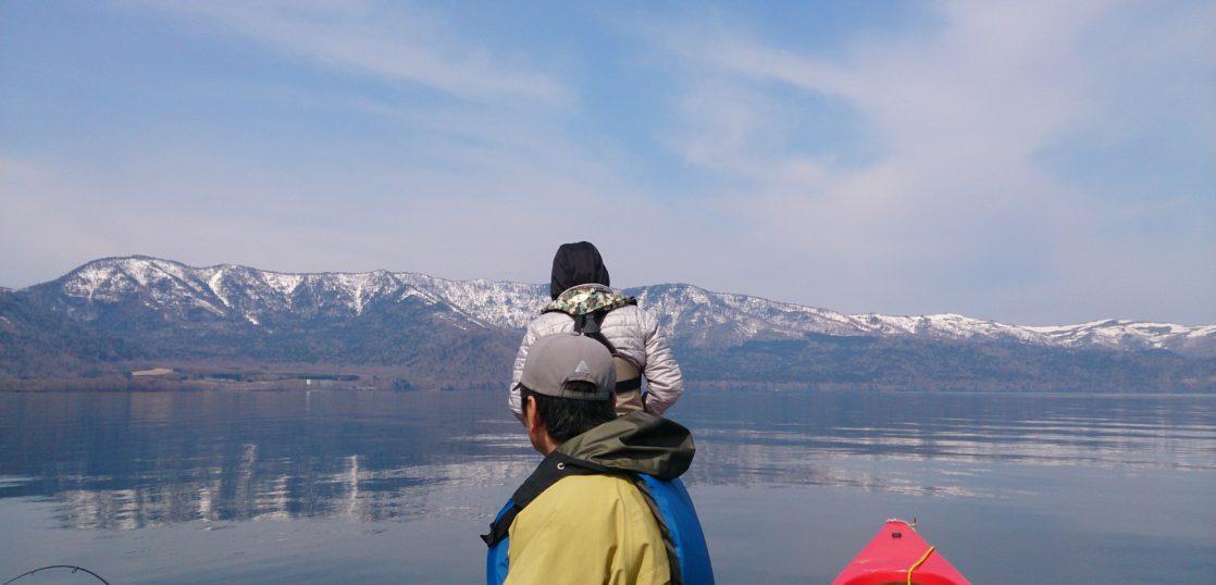 屈斜路湖5月のカヌー フィッシング