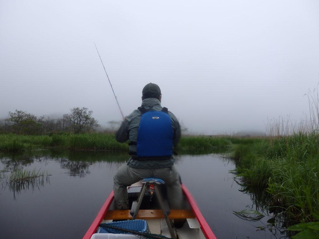 釧路川でカヌーからアメマス釣り